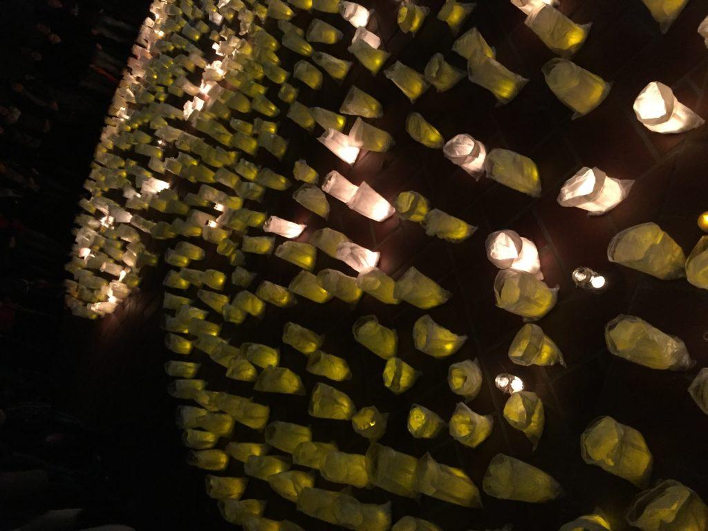 Herz aus Lichtern